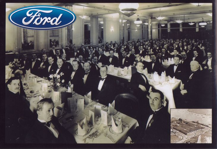 Ford motor company world headquarters dearborn detroit for Ford motor company corporate office