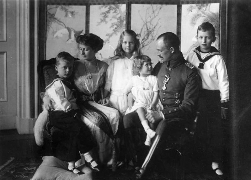 Karl-Eduard von Sachsen-Coburg-Gotha, Familie